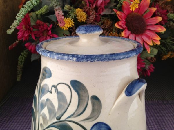 One of a kind Custom Handmade Pottery 3-Piece Canister Set with Handle-Detail