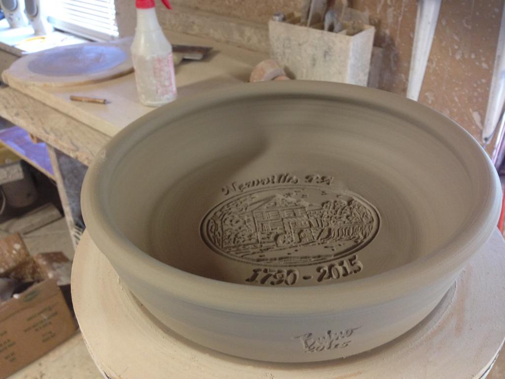 Custom Pottery Pie Plate & Steve Bujno hand throwing Bujno Pottery Custom Pottery Stoneware ...